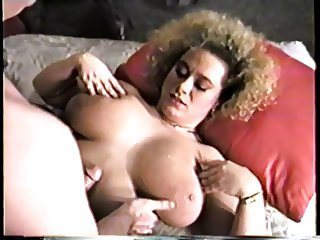Dee Dee Reeves - Classic Busty Babe
