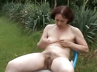 Granny Outdoors