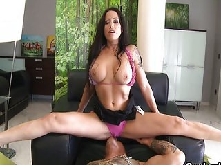 Busty brunette Gigi Love rough fucking