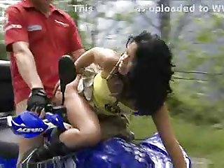 Asian Lady Mai outdoor hardcore sex
