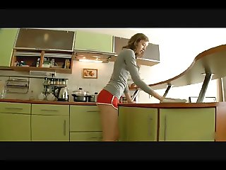 Slim kitchen princess fucked in the kitchen