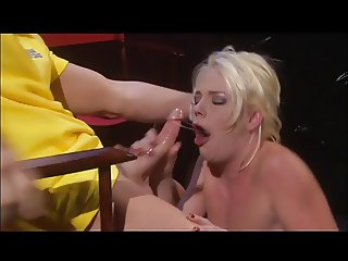 Missy Monroe takes big cock at gentlemen's club