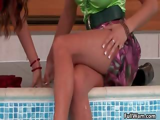 Two sexy lesbian babes love getting wet part2