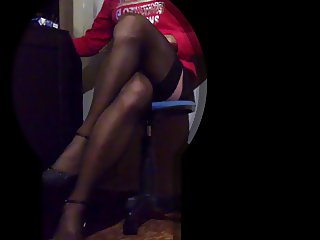 Lurcinkg my tranny webcam play with cum