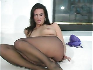 Ava Ramon Sexy in Pantyhose