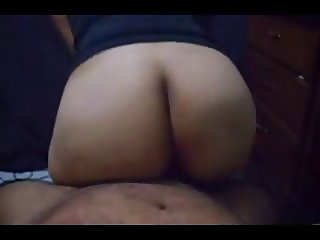 Delhi plump aunty gettingfrom behind showing her ass