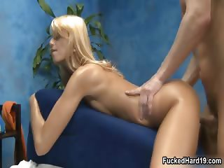 Sexy blonde babe gets her wet cunt part3