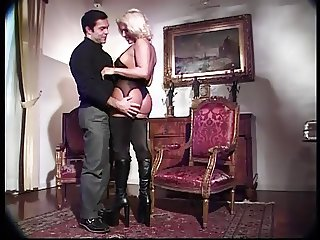 Guy gets transexual doggystyle and fucks her in the ass
