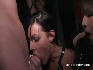 Orgy babes fucking pussy and cock in group sex