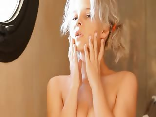 Shaving of fashionable 18yo blonde pussy