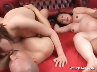 Foursome with asian pregnant babes fucked doggy