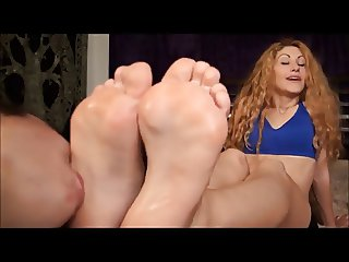 Some American chick adoring Romanian feet