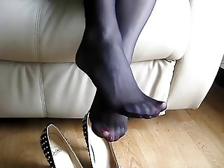 Shoe play in black nylon