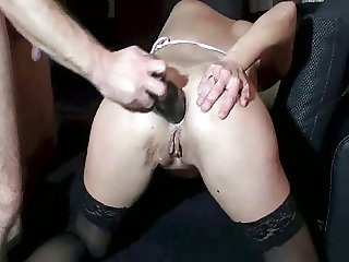 Amateur housewife likes dirty games