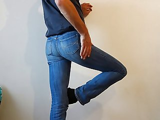 crossdresser in tight womens jeans