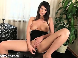 Natural tits brunette babe toying part3
