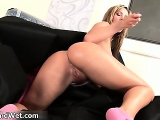 Sexy blonde babe gets horny dildo part3