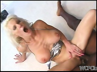 Screaming Milf