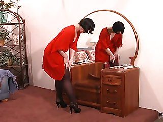 Pleasingly plump milf