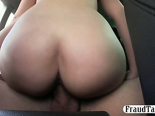 Amateur babe fucked with pervert driver