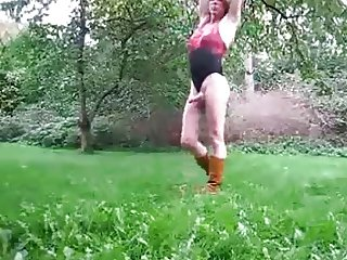 british crossdresser from craigslist playing outdooor