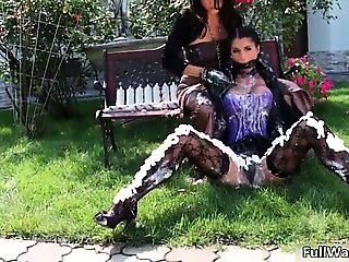 Two sexy babes gets dirty when start part3
