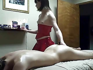 Amateur Teen tranny gives massage to bf