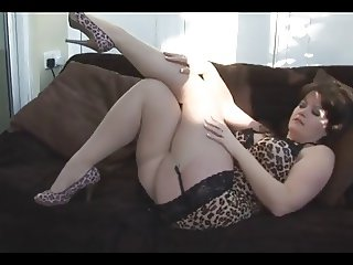 Busty gorgeous Milf strips to show nice pussy on heels