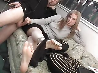 2 Foot fetish scenes in one