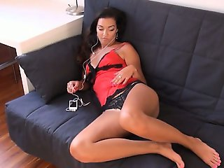 cunt fully opened for you of czech girl