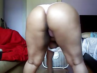 Bored Black BBW MILF shakes her fat ass at home
