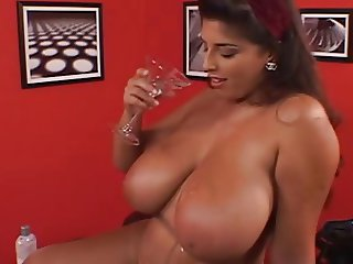 Sexy British BBW Fingers Her Fat Hot Hairy Pussy