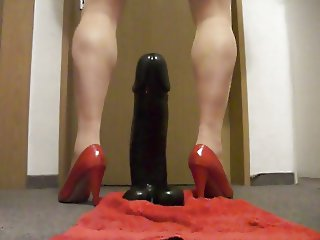 stute ride a monster dildo 1