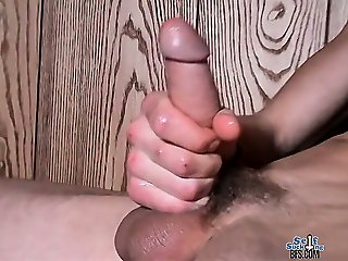 Straight skater boy Carl Alexander gives himself a cum load