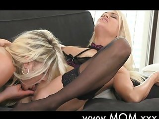 Lesbian MILFs kissing and eating pussy