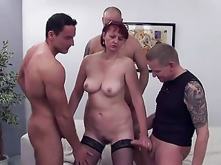 5 guys with 1 mature woman