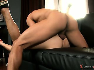 Devon Dixon joins Austin Wilde for a hot fuck on the couch