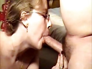 Amateur blowjob and deepthroat