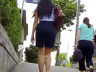 Candid - Turkish MILF In Skirt iIce Ass Leggs Body