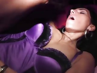 French beurette MILF Bettina anal sex in club libertin