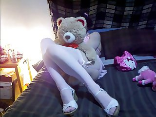 Pink n Girly - Comment to say if I should do live cam shows