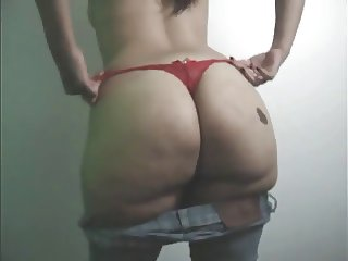 Big Booty Mexican In Tight Jeans