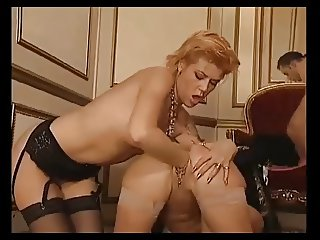 Some anal and fisting action with Eva Delage