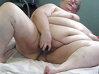playing on cam in bed room