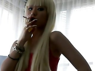 jap long nails smoking