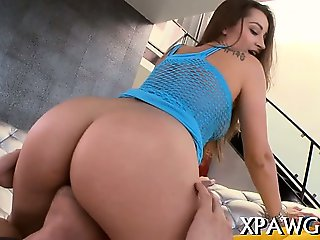Curvy beauteous bitch rides on a hard knob