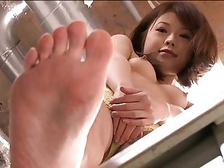 Japanese Girls And Their Feet Part 2