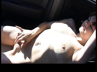 Filmed from her bf as she masturbates in the car