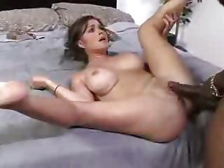 IR MILF Whore