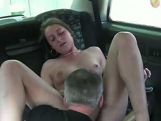 Hot amateur customer flashes her perky tits for a free ride